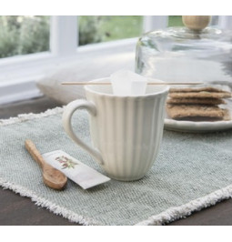 Mynte Mug with dimples Butter cream cm H: 10 Ø: 9,5 Ib Laursen